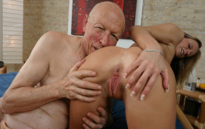 Inzest Porno mit Opa und Enkelin